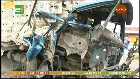 Camión chocó contra un tráiler en la doble vía a La Guardia