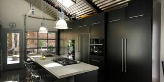 Tips para pintar tu casa de negro: qué SÍ y qué NO