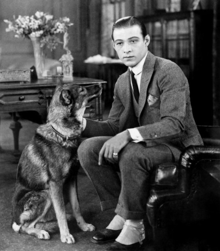 Rodolfo Valentino, en solo 7 películas conquistó el mundo