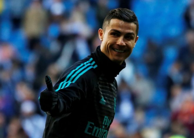 Soccer Football - La Liga Santander - Real Madrid vs FC Barcelona - Santiago Bernabeu, Madrid, Spain - December 23, 2017  Real Madrid's Cristiano Ronaldo before the match  REUTERS/Stringer