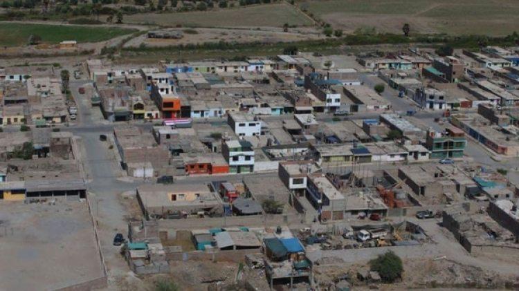 Decenas de viviendas se fueron afectadas por el sismo(EFE)