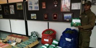 Detienen a tres bolivianos en Chile por contrabando de coca