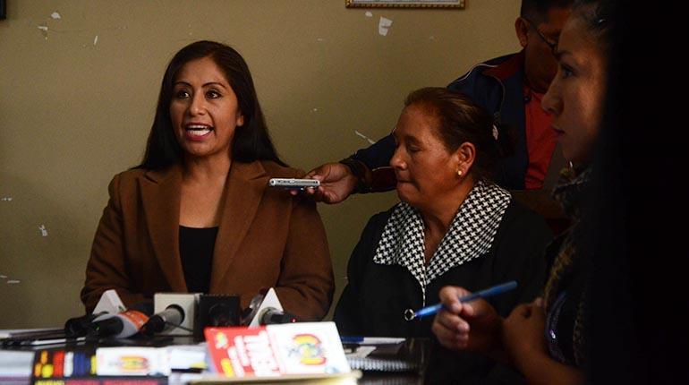 Esposas de policías se suman a la lucha contra el Código Penal