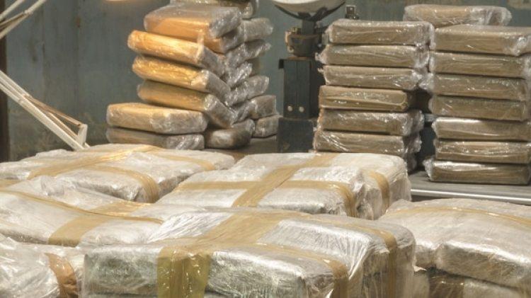 Entre el 1 de octubre de 2016 y el 30 de septiembre de 2017, CBP decomisó unos 2,14 millones de libras de narcóticos (Getty Images)