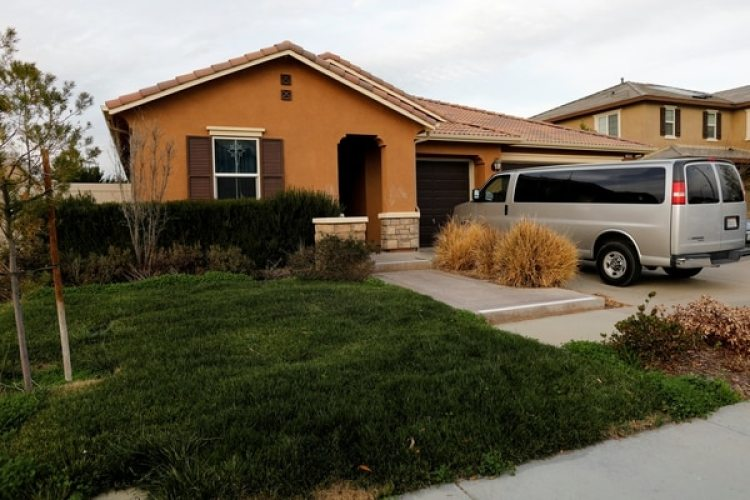 La casa de David Allen y Louise Anna Turpin en Perris, California (REUTERS/Mike Blake)