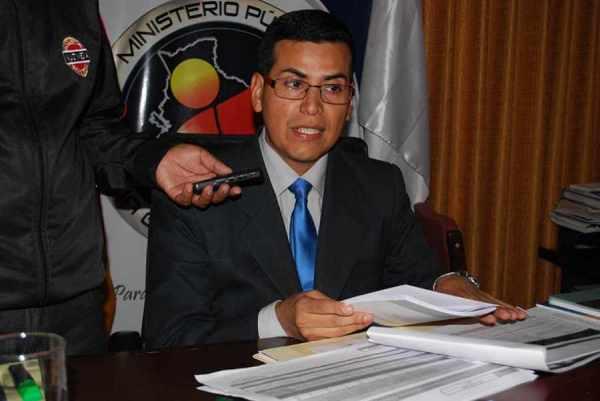 Gilbert Muñoz, el fiscal más político, cambia de aires