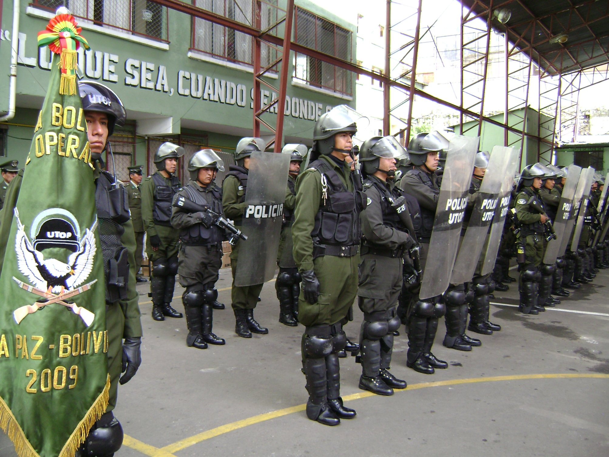 Resultado de imagen para policias chuquisaca