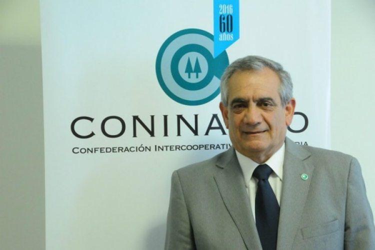 """Carlos Iannizzotto, presidente de Coninagro, dijo que Argentina """"no debería tener déficit comercial"""" y reclamó medidas para superar esta problemática"""