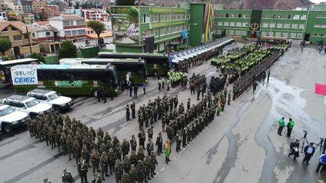 El presidente Evo Morales estuvo en el acto de entrega de equipamiento para la Policía. Foto:Ministerio de Gobierno