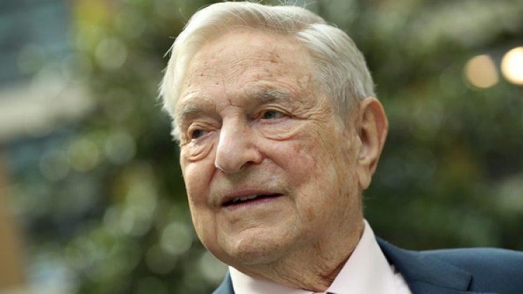 George Soros alertó sobre los peligros económicos, sociales, políticos y psicológicos del monopolio de las grandes empresas tecnológicas como Facebook. (Getty)