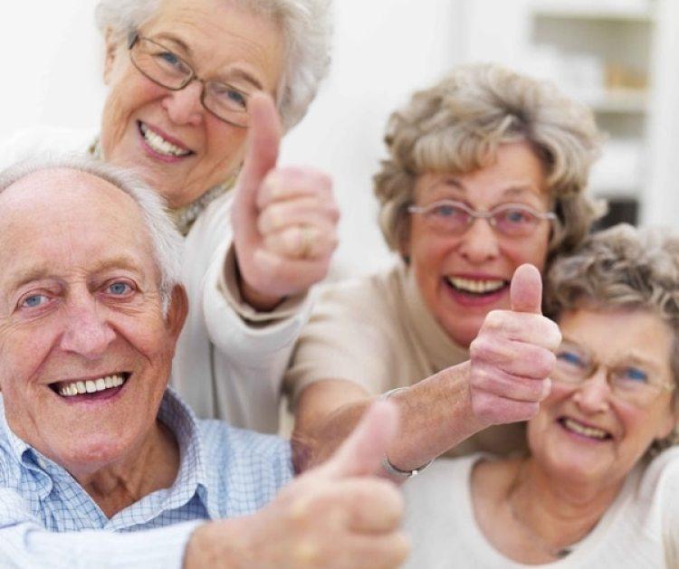 A los 80 es fundamental rodearse de amistades y familia para disfrutar al máximo la vida