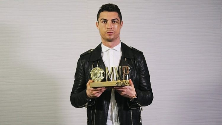 Cristiano fue elegido Mejor Jugador del Año por un medio chino