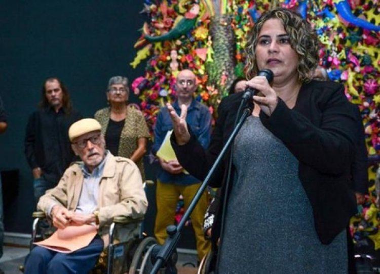 La escritora cubana, Yanetsy Pino Reina, obtuvo el Premio Casa de Las Américas, en la categoría de estudios sobre la mujer, en acto realizado en la sede de esa institución cutural, en La Habana, Cuba. Foto: Abel Padrón Padilla / ACN
