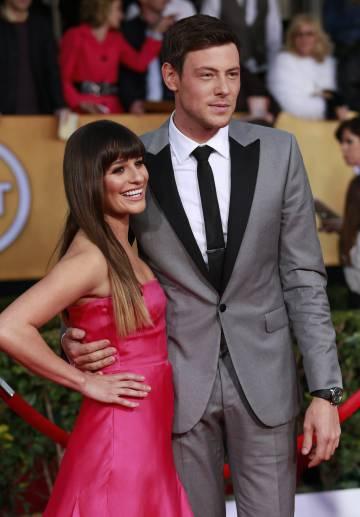 Los actores Lea Michele y Cory Monteith, en una alfombra roja en 2013.