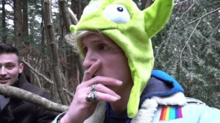 Logan Paul en una captura del video subido a YouTube.