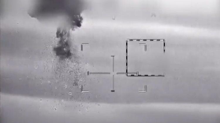 El momento en el que el drone iraní es derribado por un helicóptero israelí
