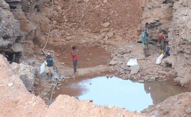 La producción de oro que mes a mes viaja a las bóvedas del BCV proviene de la pequeña minería, mientras Minerven sigue en el foso productivoFotos Germán Dam | El Estimulo
