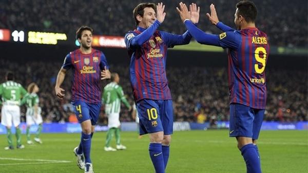 Alexis Sánchez reflexiona con las lágrimas de Lionel Messi: