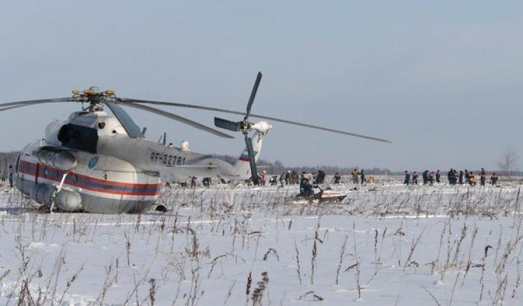 Los equipos de búsqueda continúan trabajando en la zona (Reuters)
