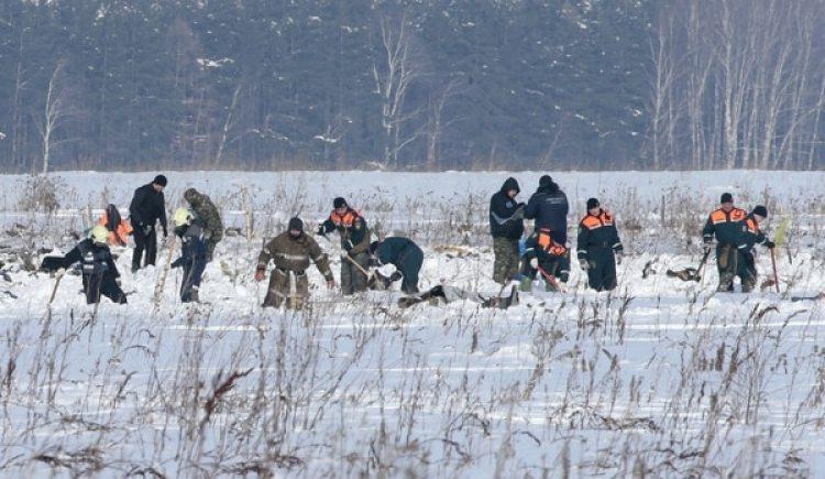 Las operaciones de búsqueda de cuerpos podrían demandar una semana (Reuters)