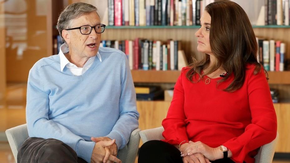 Bill Gates y su esposa critican labor de Donald Trump en EU