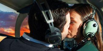 Vuelos románticos, una alternativa inusual que cautiva a las parejas cruceñas