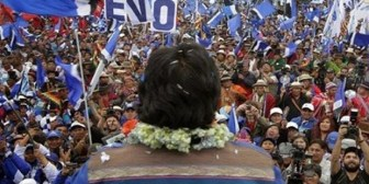 ¿Legal o trucha? Candidatura de Evo moviliza a un país dividido por el  21F