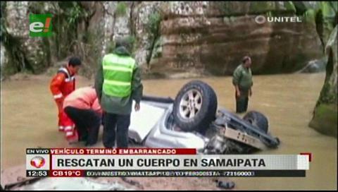 Samaipata: Rescatan cadáver de una persona que cayó con su vehículo a un barranco