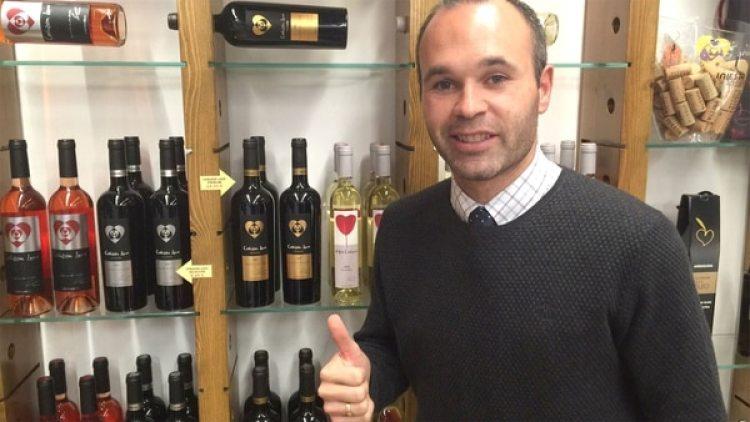 Tianjin Quanjian busca seducir a Andrés Iniesta con la compra de 2 millones de botellas de vino de su bodega