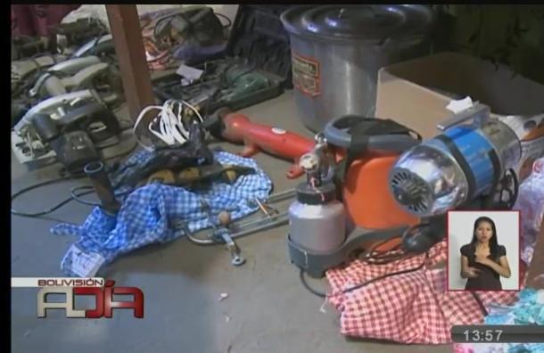La Paz: Incautan objetos de valor que eran comercializados en una feria