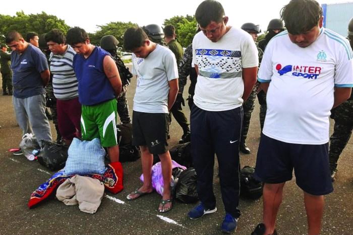 Llegan a La Paz 12 peligrosos reos del penal de Palmasola