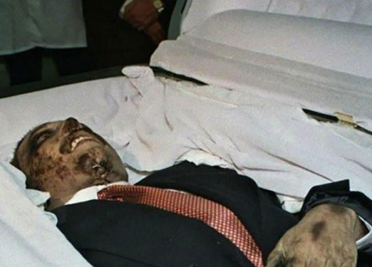 Las dudas sobre si el cuerpo que exhibió la Procuración era el de Amado Carrillo continúan hasta hoy.