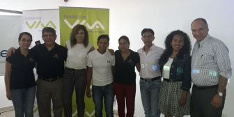 33 jóvenes cumplen su sueño de estudiar y ejercer una carrera profesional