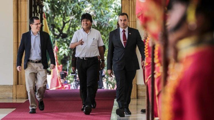 Maduro recibió a Evo Morales en el Palacio de Miraflores (AFP)