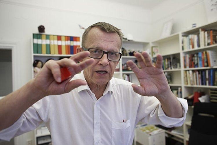 Hans Roslingdedicó los últimosmomentos de su vida acompletar su libro Factfulness. (Foto: Jörgen Hildebrandt)