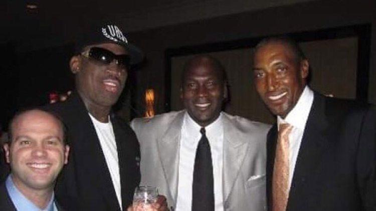 """De izquierda a derecha: el """"Gusano"""" Rodman, Jordan y Pippen, un trío monumental"""