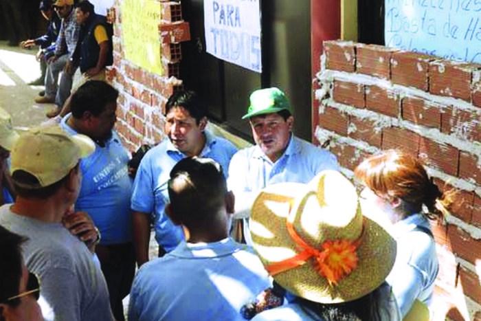 Pactos de rotación detonan la violencia contra concejalas
