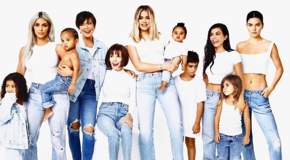 Felicitación navideña de las Kardashian de este año.