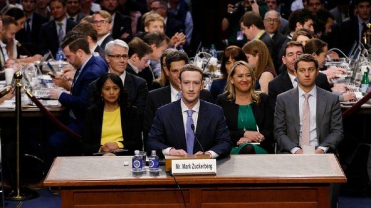 Marck Zuckerberg durante su audiencia en el Congreso (Reuters)
