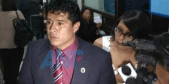 """Revelan que exfiscal Almanza recibió """"coima"""" en presencia de otro fiscal y funcionarios"""