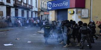 """Contreras critica gasificación policial: """"Habían niños y señoras"""""""