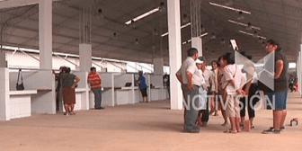 Inicia traslado de comerciantes de La Ramada al nuevo mercado minorista