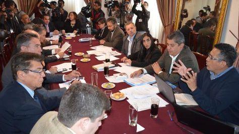 Diálogo entre autoridades del Legislativo y empresarios. Foto:Senado
