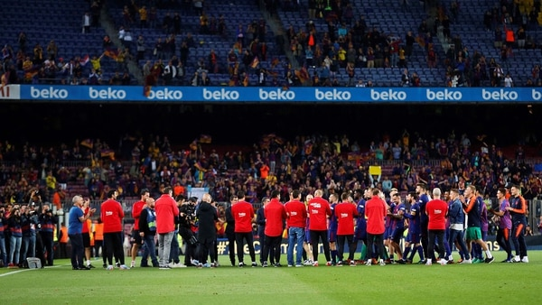Piqué pide a staff del Barcelona hacer pasillo 'porque otros no quisieron'