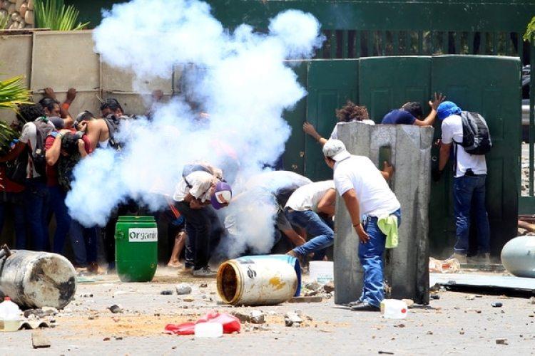 Las fuerzas del régimen han reprimido a la población civil (Reuters)