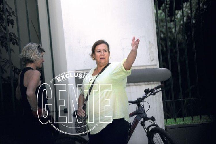 La viuda de Pablo Escobaren el barrio porteño de Palermo a días de presentarse en la justicia (Enrique García Medina/GENTE)