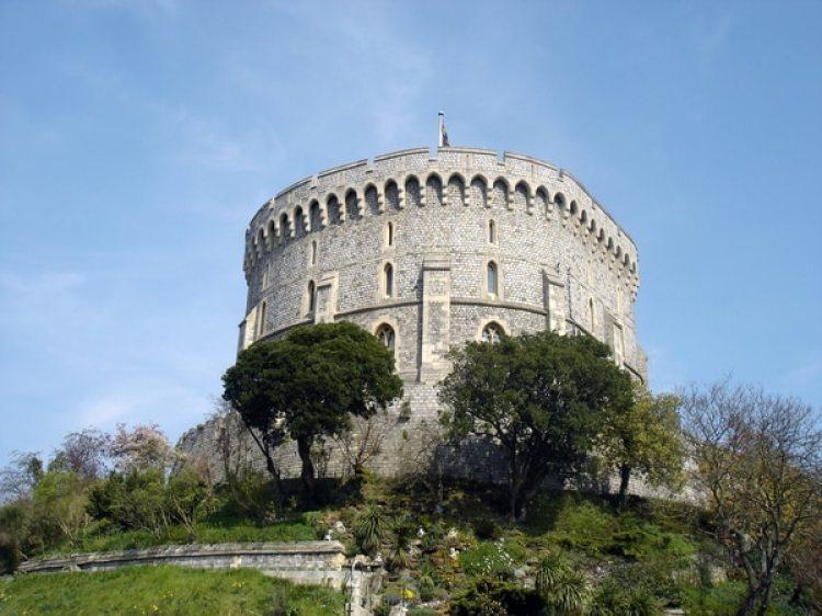 Round Tower del Castillo, el segundo paso del recorrido de la boda más esperada del año