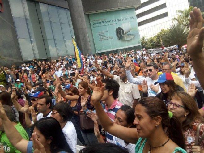 La sociedad civil se comprometió con la lucha por la defensa de los derechos humanos (Foto: @accionlibertad)