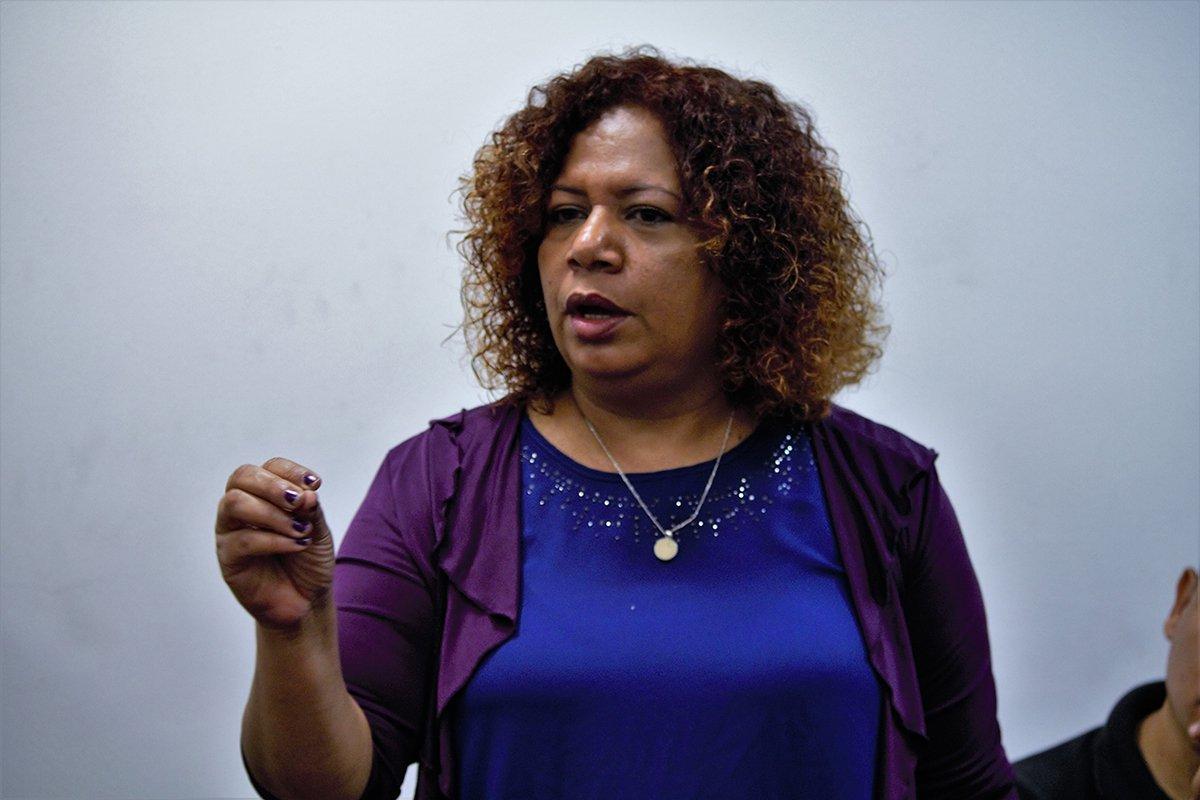 La periodista Luz Mely Reyes denunció que ya habían votado por ella   Foto Referencia