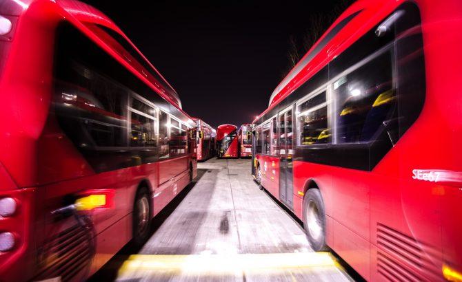 Los autobuses eléctricos dominarán el transporte en las ciudades para 2040